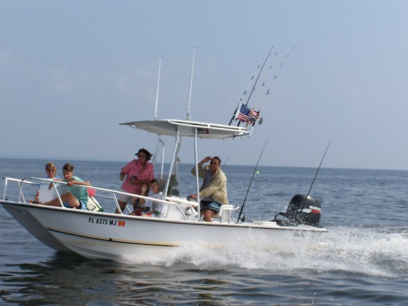 19' Twin Vee off St. George Island